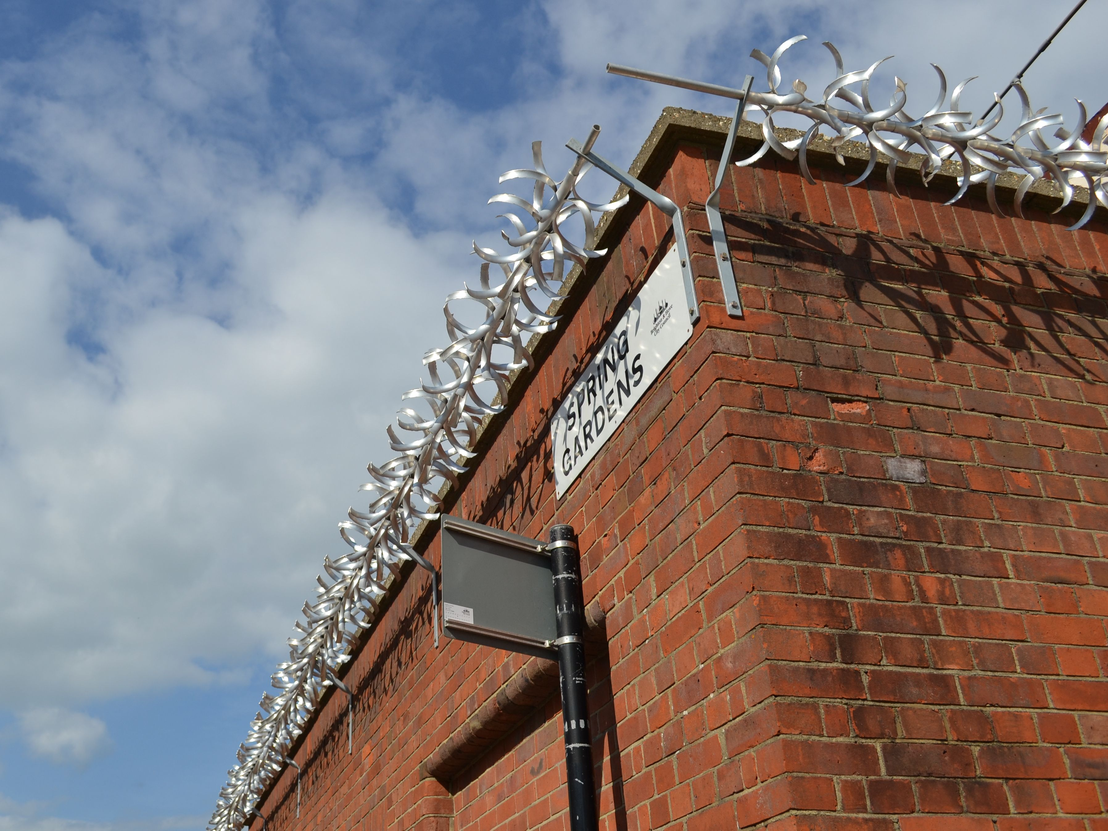 Barbed railings