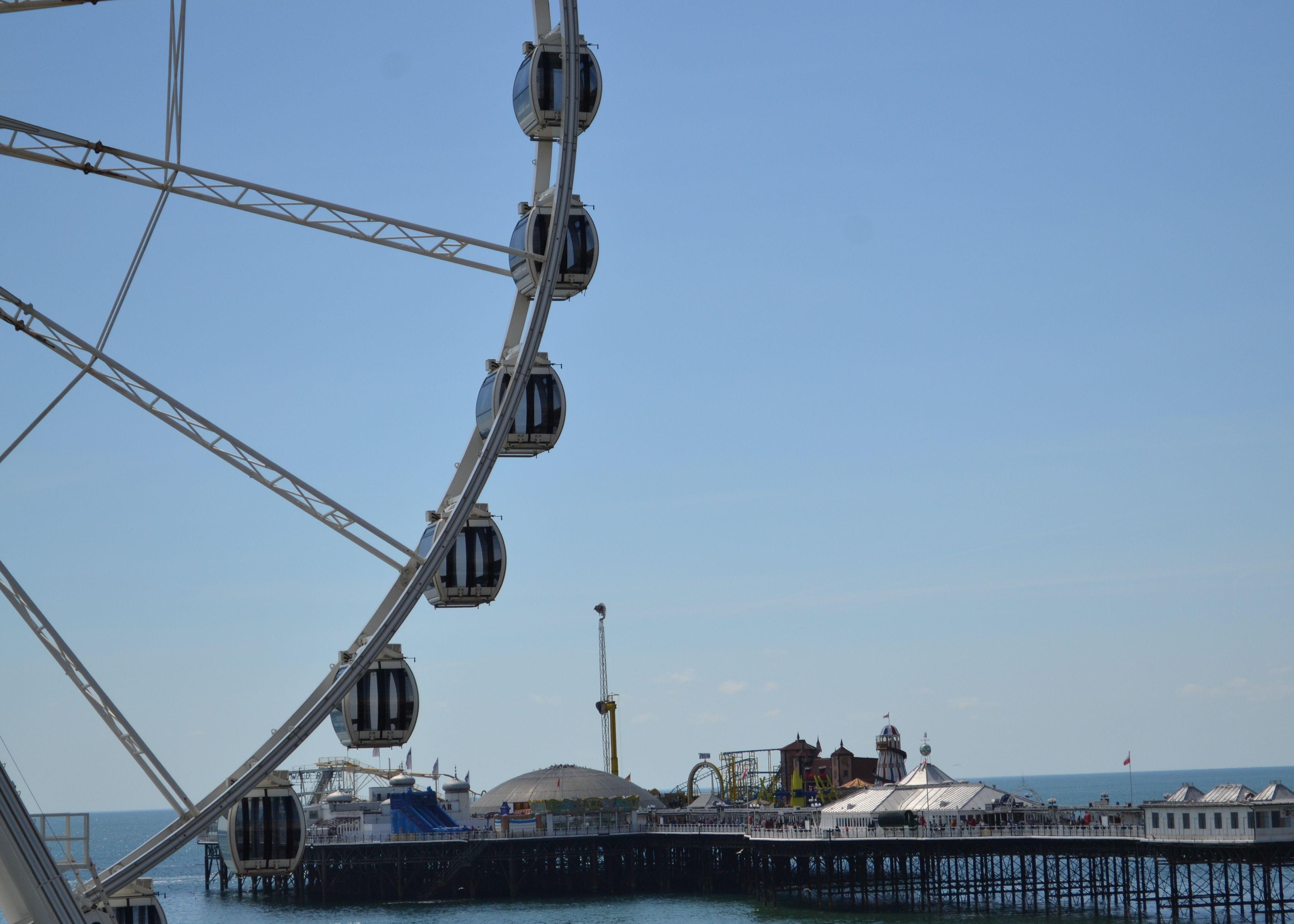 Wheel & Pier